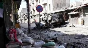 Ulica u gradu Aleppo tijekom sirijskog građanskog rata, fotografija iz 2012. godine. (Izvor: Wikipedia.org.