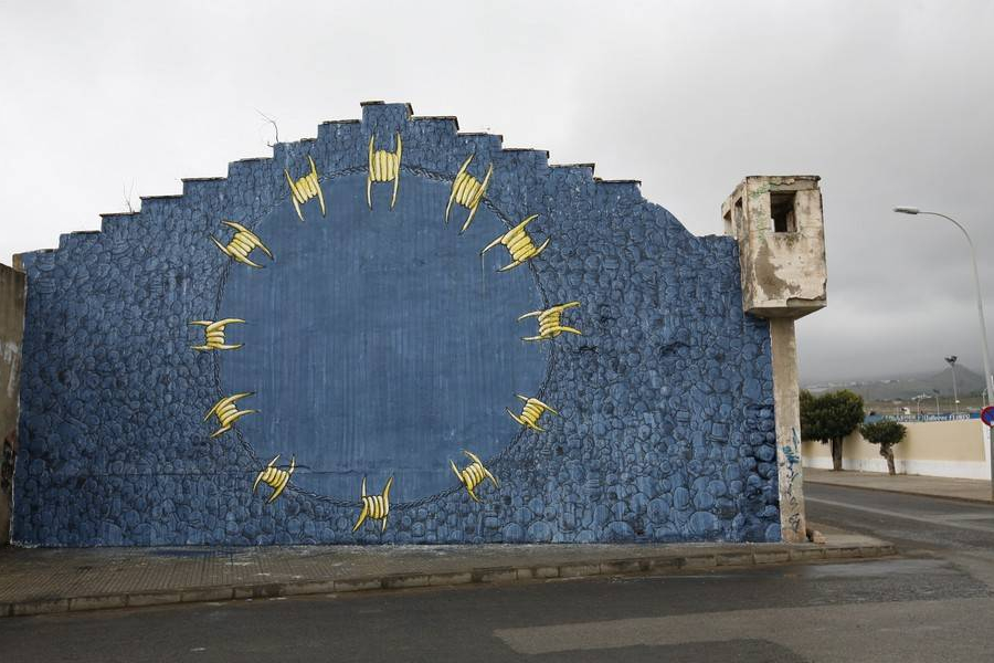 Fotografija murala kojeg je umjetnik Blu 2012. godine naslikao u Maroku preuzeta je sa stranice blublu.org.
