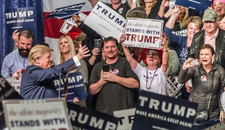 Donald Trump na skupu pristaša u Nevadi, 10. siječnja 2016. (Izvor: Darron Birgenheier @ Flickr, preuzeto prema Attribution-ShareAlike 2.0 Generic licenci)