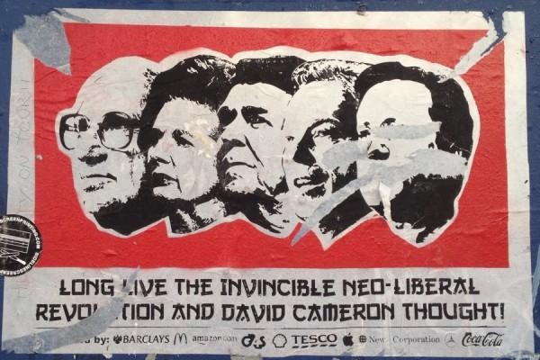 Poster sa prosvjeda u Brightonu, UK (izvor: acb prema Creative Commons licenci).