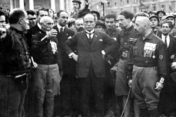 Talijanski fašisti prilikom tzv. Marša na Rim, 1922. godine (izvor).