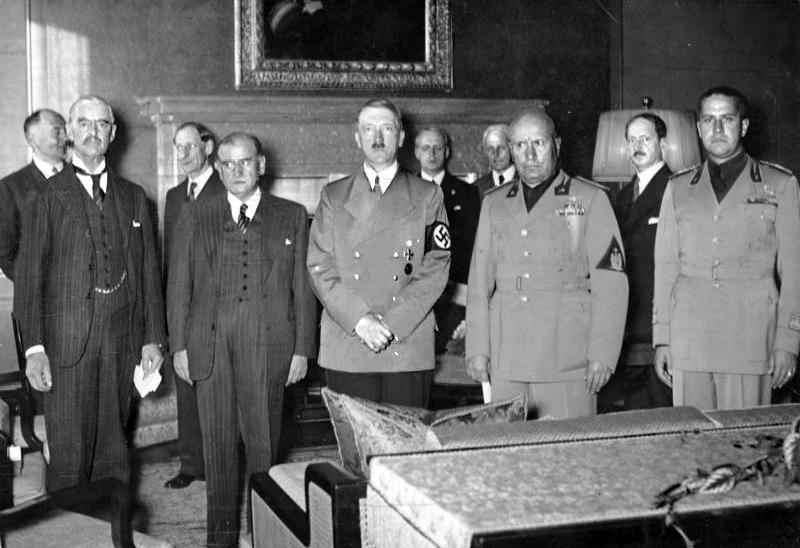 Čelnici i visoki dužnosnici Velike Britanije, Francuske, Njemačke i Italije uoči potpisivanja sporazuma u Münchenu (izvor: wikimedia).