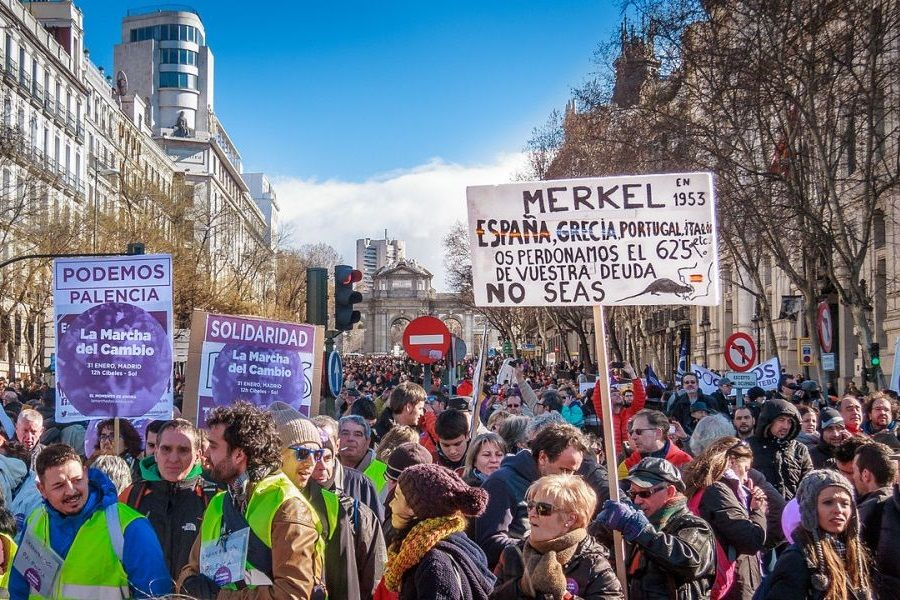 """Demonstracije Podemosa u Madridu pod nazivom """"Marš za promjenu"""" (izvor: Barcex prema Creative Commons licenci)."""