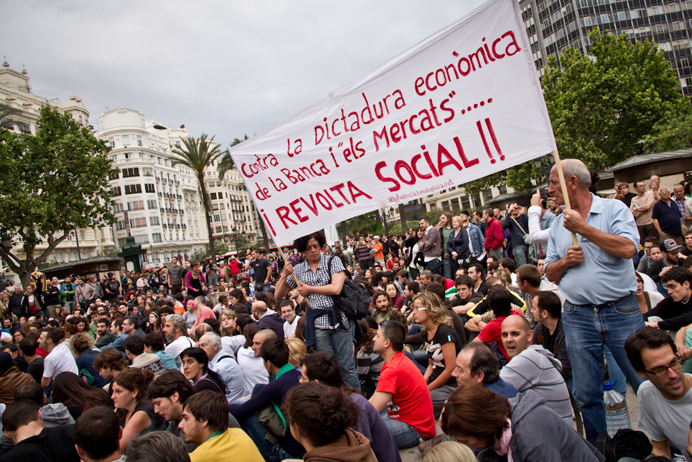 """Španjolska revolucija"" i ""pokret 15M"", Valencija, narodni plenum, 19. svibnja 2011., foto: Fito Senabre (izvor: commons.wikimedia.org, preuzeto prema Creative Commons licenci)."